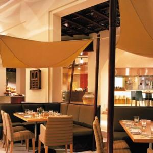 Oman Honeymoon Packages Al Bandar At Shangri La AlJissah Tandoor