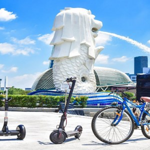 Singapore Honeymoon Packages Fullerton Hotel Go Green Mobiity Devices