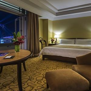 Singapore Honeymoon Packages Fullerton Hotel Premier Quay Double Room