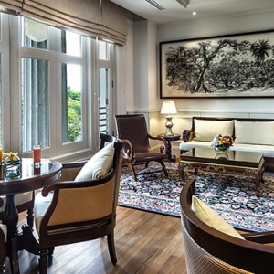 Singapore Honeymoon Packages Fullerton Hotel The Straits Club