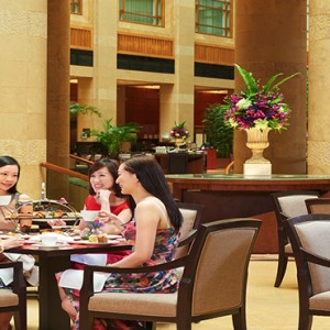 Singapore Honeymoon Packages Fullerton Hotel The Courtyard1