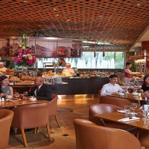 Singapore Honeymoon Packages Fullerton Hotel Town Restaurant1
