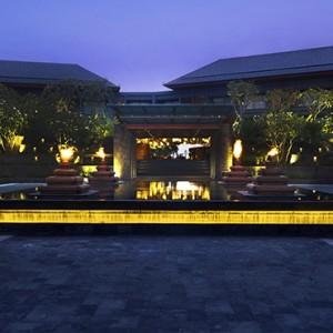 Bali Honeymoon Packages Hotel Indigo Bali Seminyak Beach Hotel Entrance