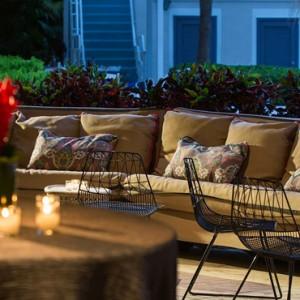 Miami Honeymoon Packages Kimpton Surfcomber Hotel Miami South Beach Shorebreak 2