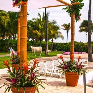 Miami Honeymoon Packages Kimpton Surfcomber Hotel Miami South Beach Wedding
