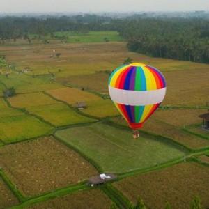 Bali Honeymoon Packages The Chedi Club Tanah Gajah, Ubud Hot Air Balloon Ride Aerial View