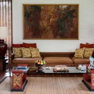 Bali Honeymoon Packages The Chedi Club Tanah Gajah, Ubud One Bedroom Suite Living Area