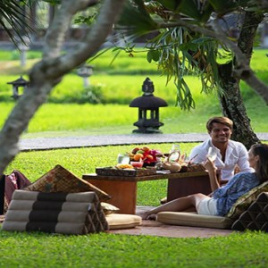 Bali Honeymoon Packages The Chedi Club Tanah Gajah, Ubud Private Dining In The Garden