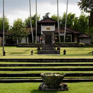 Bali Honeymoon Packages The Chedi Club Tanah Gajah, Ubud The Hadiprana Villa Exterior
