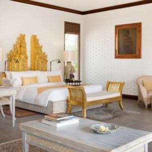 Bali Honeymoon Packages The Chedi Club Tanah Gajah, Ubud The Hadiprana Villa Master Bedroom