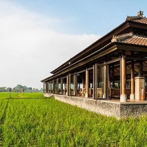 Bali Honeymoon Packages The Chedi Club Tanah Gajah, Ubud The Restaurant Exterior