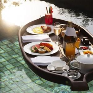 Bali Honeymoon Packages The Chedi Club Tanah Gajah, Ubud Floating Breakfast