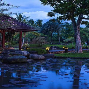 Bali Honeymoon Packages The Chedi Club Tanah Gajah, Ubud Location At Night