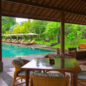 Bali Honeymoon Packages The Chedi Club Tanah Gajah, Ubud Pool Bar