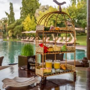 Bali Honeymoon Packages The Chedi Club Tanah Gajah, Ubud Pool Bar1