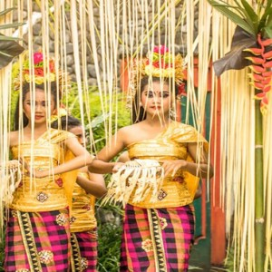 Bali Honeymoon Packages COMO Uma Ubud Balinese Dancers