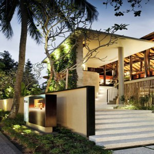 Bali Honeymoon Packages COMO Uma Ubud UMA Cucina Entrance