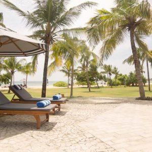 Sri Lanka Honeymoon Packages Anantaya Resort And Spa Passikuda Sun Loungers
