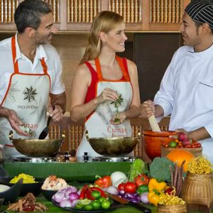 Thailand Honeymoon Packages Anantara Chiang Mai Dining 2