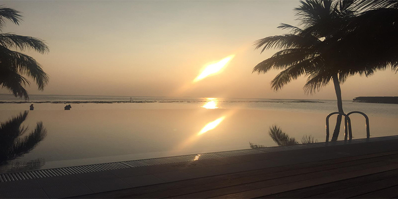 Thomas And Annmarie Vilamendhoo Island Blog Sunset By Pool