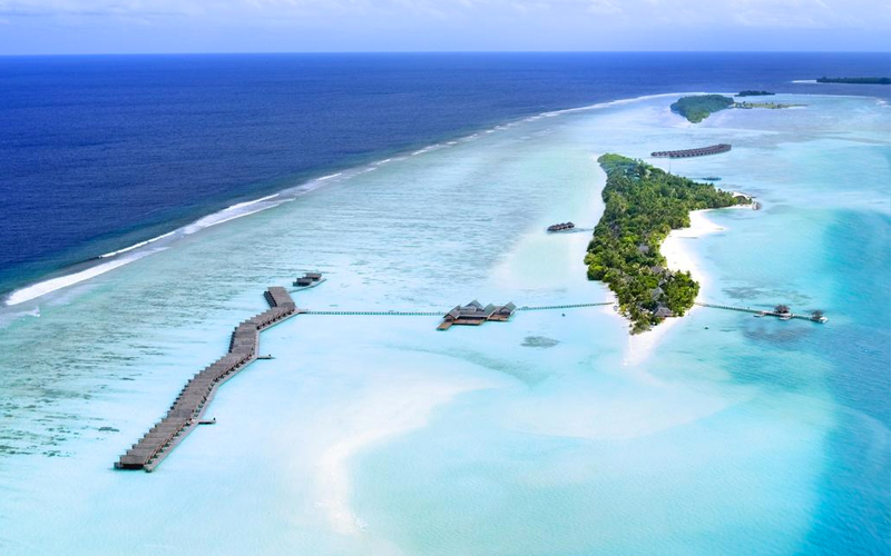 Top 10 All Inclusive Hotels In The Maldives Maldives Honeymoon Packages Lux South Ari Atoll