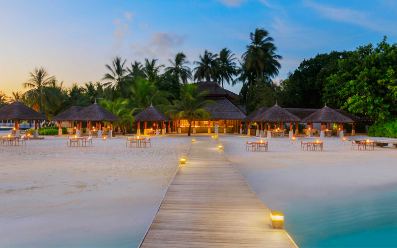 Top 10 All Inclusive Hotels In The Maldives Maldives Honeymoon Packages Velassaru