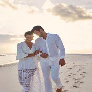 Maldives Honeymoon Package Joali Maldives Couple On Beach