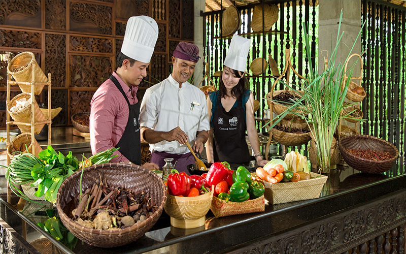 Romantic Things To In Bali Couple Cooking Classes