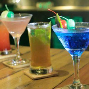 Sri Lanka Honeymoon Packages 98 Acres Resort & Spa Bar 98 Cocktails