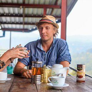 Sri Lanka Honeymoon Packages 98 Acres Resort & Spa Couple Enjoying Tea