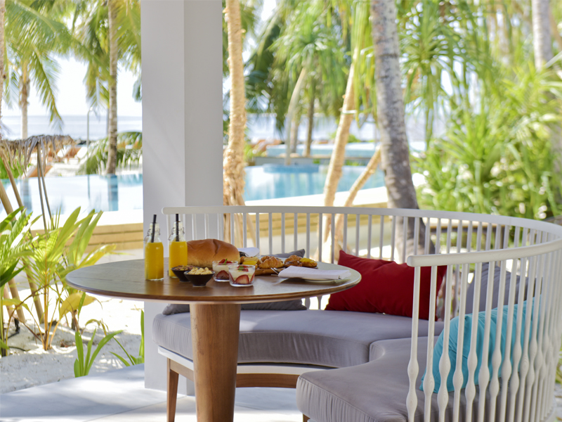 10 Reasons To Honeymoon At Dhigali Dining 2