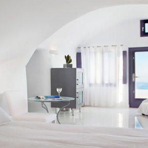 Greece Honeymoon Packages Chromata Hotel Santorini Junior Suites1