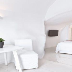 Greece Honeymoon Packages Chromata Hotel Santorini Junior Suites3
