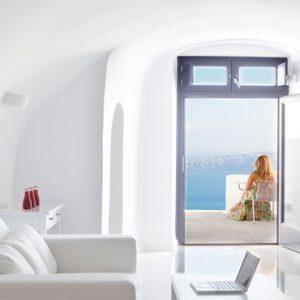 Greece Honeymoon Packages Chromata Hotel Santorini Senior Suites1