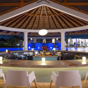 Barbados Honeymoon Packages Sandals Royal Barbados Bar1