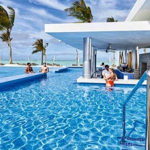 Maldives Honeymoon Packages Hotel Riu Atoll Maldives Sunshine Pool Bar