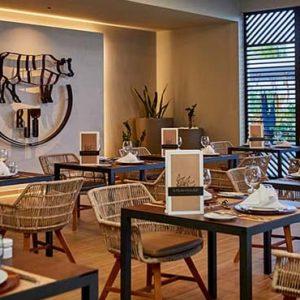 Maldives Honeymoon Packages Hotel Riu Atoll Maldives Restaurant2