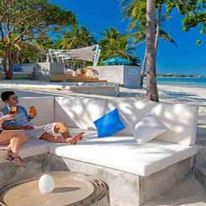 Thailand Honeymoon Packages Centara Grand Beach Resort Samui Couple At The Beach Bar