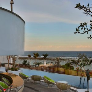 Bali Honeymoon Packages Samabe Bali Villas And Suites Ring Of Fire Pool Bar