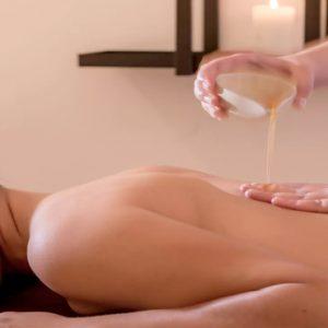 Greece Honeymoon Packages Kirini Santorini A.spa Massage1