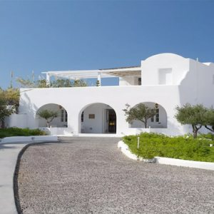 Greece Honeymoon Packages Kirini Santorini Hotel Entrance1