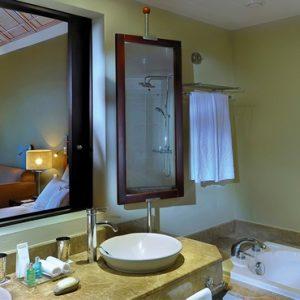 Mauritius Honeymoon Packages Victoria Beachcomber Resort And Spa Deluxe Room 3