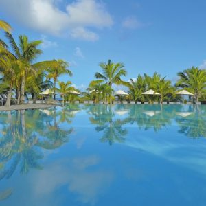 Mauritius Honeymoon Packages Victoria Beachcomber Resort And Spa Pool