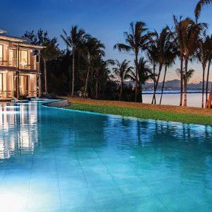 Mauritius Honeymoon Packages Victoria Beachcomber Resort And Spa Swim Up Rooms