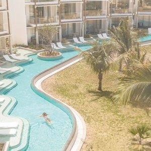 Mauritius Honeymoon Packages Victoria Beachcomber Resort And Spa Victoria For Two Swim Up Pool1