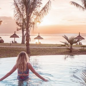 Mauritius Honeymoon Packages Victoria Beachcomber Resort And Spa Victoria For Two Woman In Swim Up Pool1