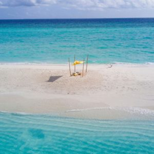 Maldives Honeymoon Packages Fushifaru Sandbank Picnic