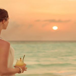 Maldives Honeymoon Packages Fushifaru Sandbank Sunset Cocktail