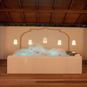 Maldives Honeymoon Packages Reethi Faru Resort Coconut Spa Bath