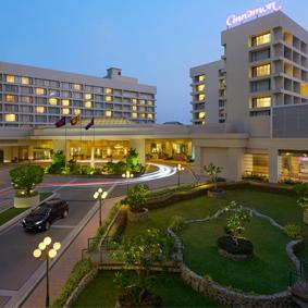 Sri Lanka Honeymoon Packages Cinnamon Hotel Colombo Sri Lanka Thumbnail